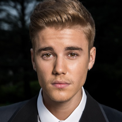 http://dl.tak3da.com/download/1394/08/justin-bieber.jpg
